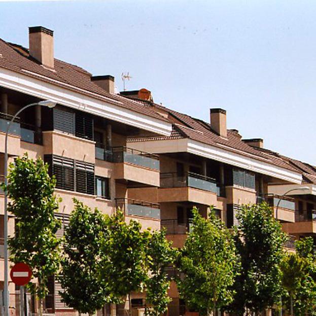 48 viviendas y garaje